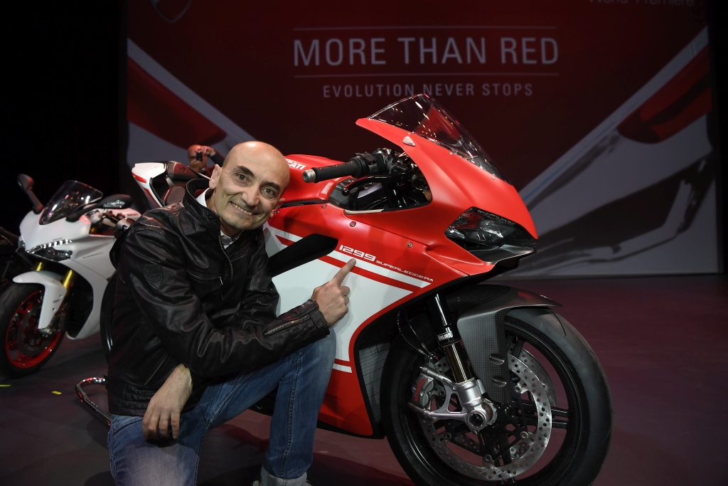 ducati-1299-superleggera-milan-2016-4