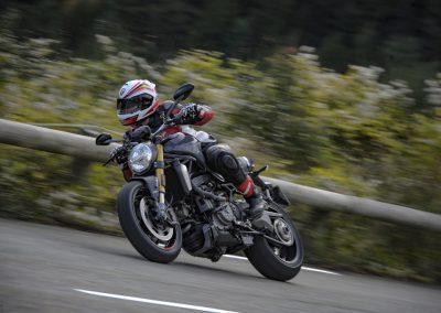 ducati-monster-1200-2017-5