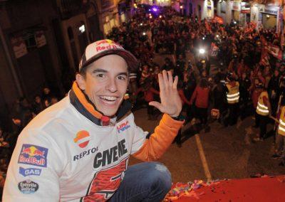 marc-marquez-celebracion-titulo-motogp-2016-en-cervera-1
