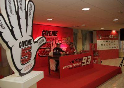 marc-marquez-celebracion-titulo-motogp-2016-en-cervera-5