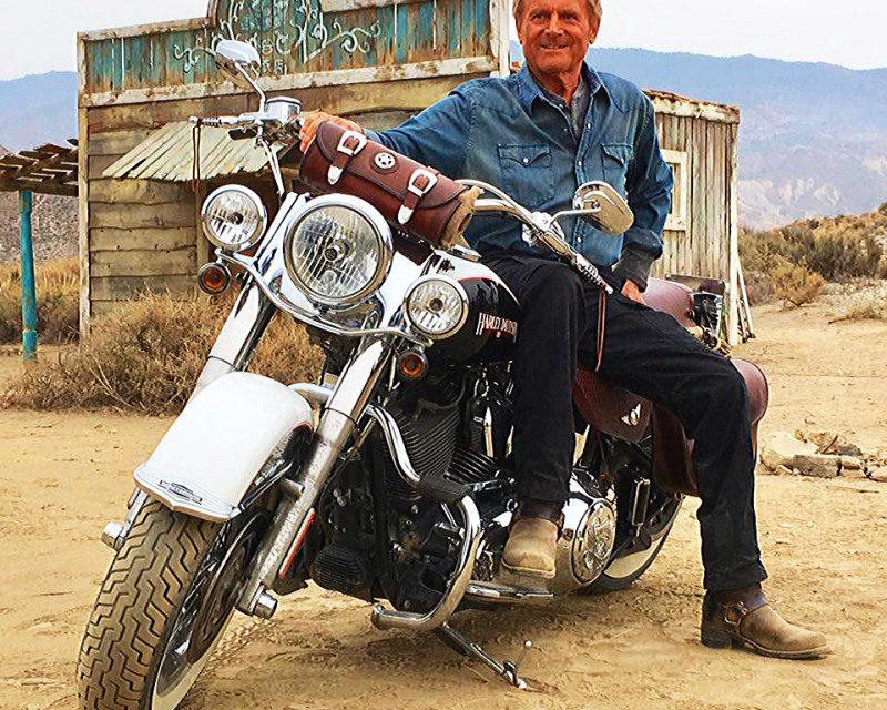 Motos y cine: Terence Hill  rueda en Harley en… ¡Almería!