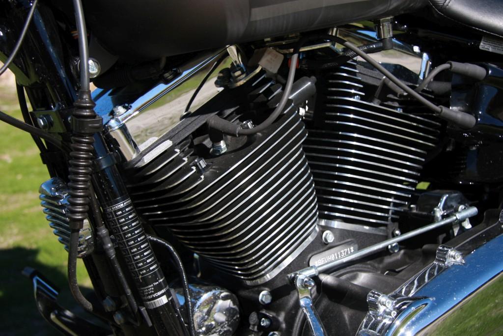 harley-davidson-breakout-motoradn-16