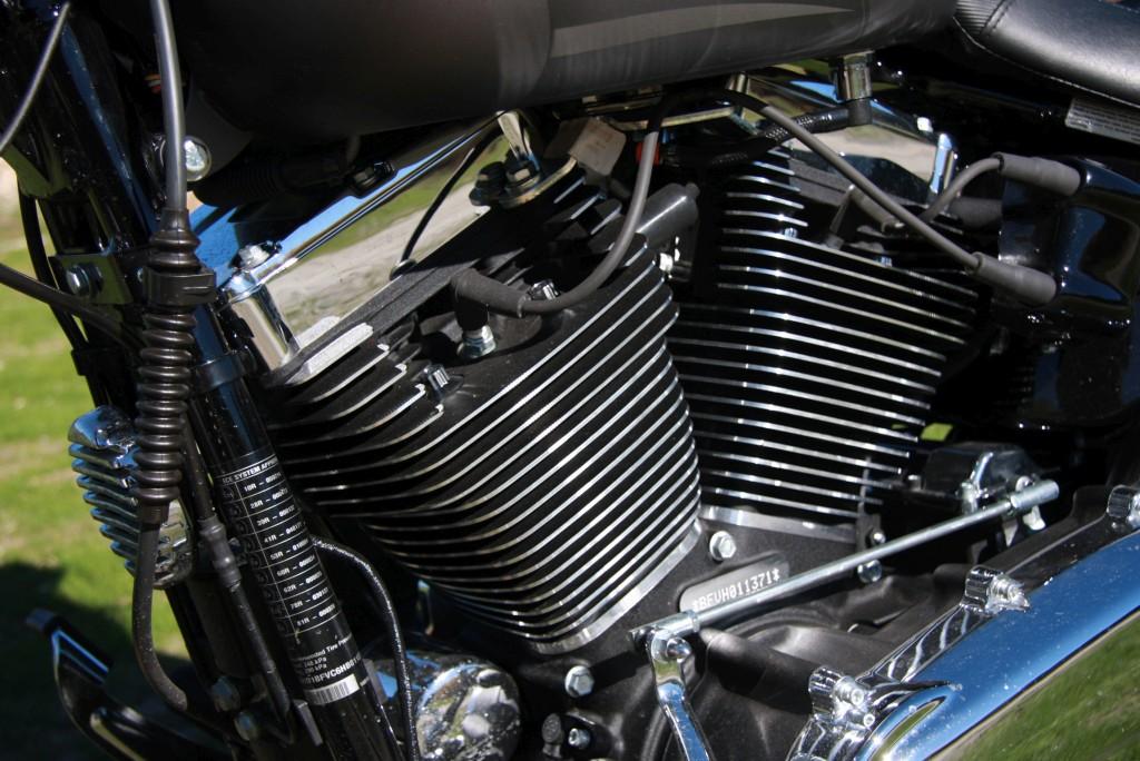 harley-davidson-breakout-motoradn-17