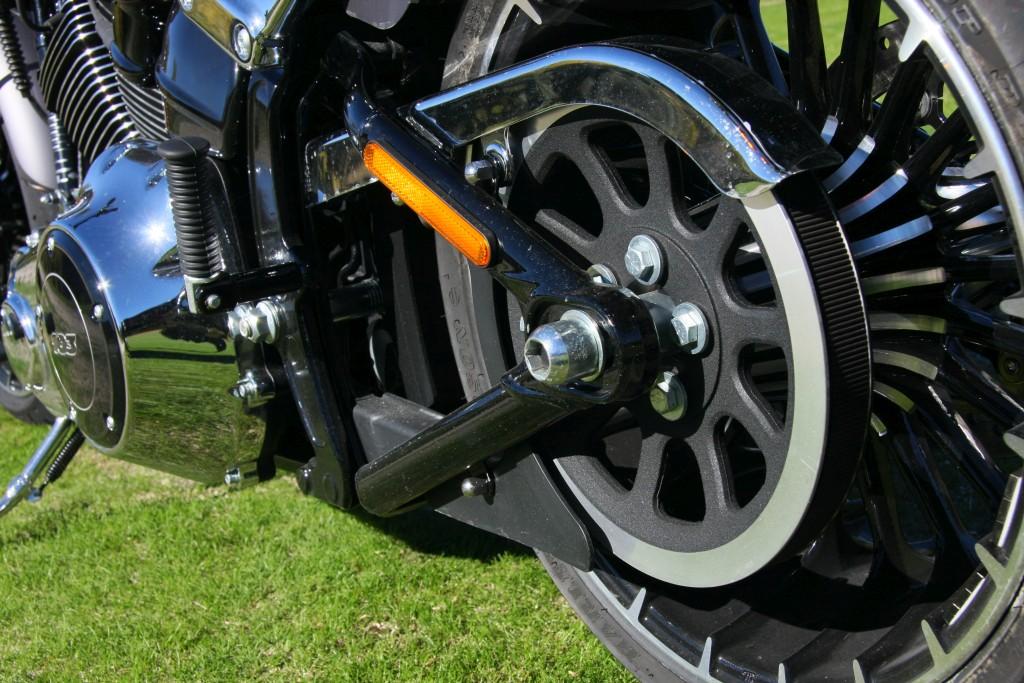 harley-davidson-breakout-motoradn-23