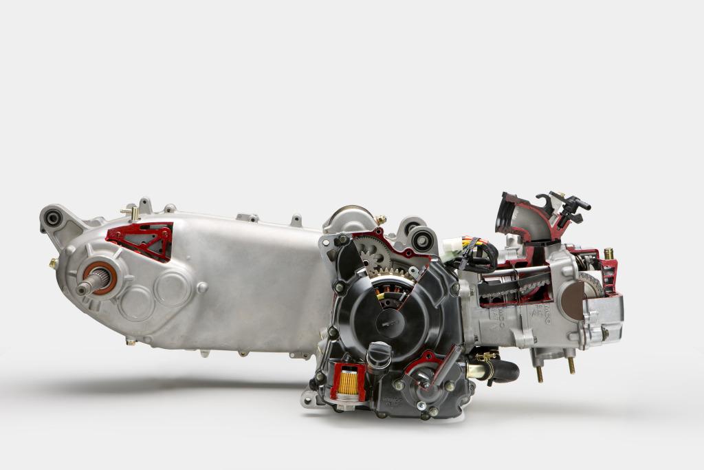 kymco-superdink-125-300-28