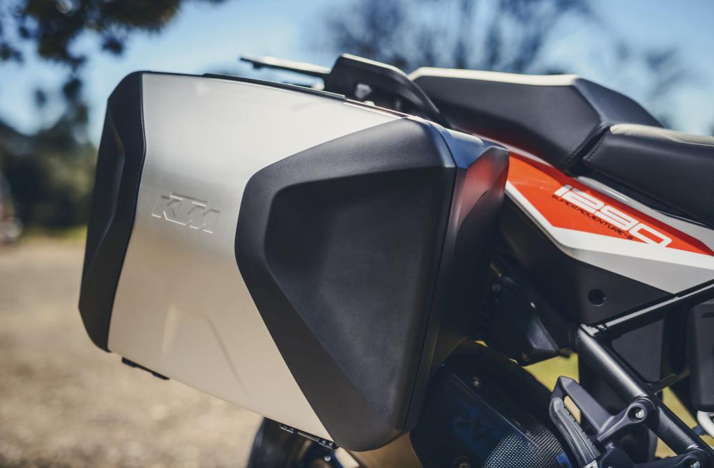 KTM 1290 SuperAdventure-1090 Adventure. Perfiels y Detalles (10)