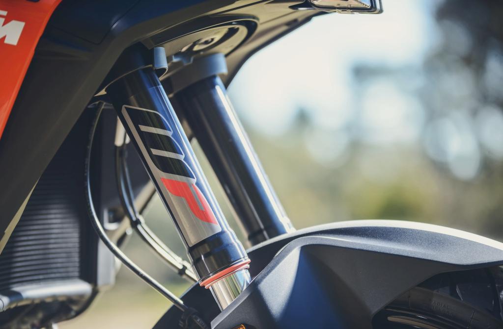 KTM 1290 SuperAdventure-1090 Adventure. Perfiels y Detalles (25)