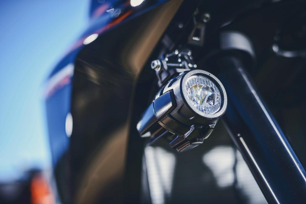 KTM 1290 SuperAdventure-1090 Adventure. Perfiels y Detalles (3)