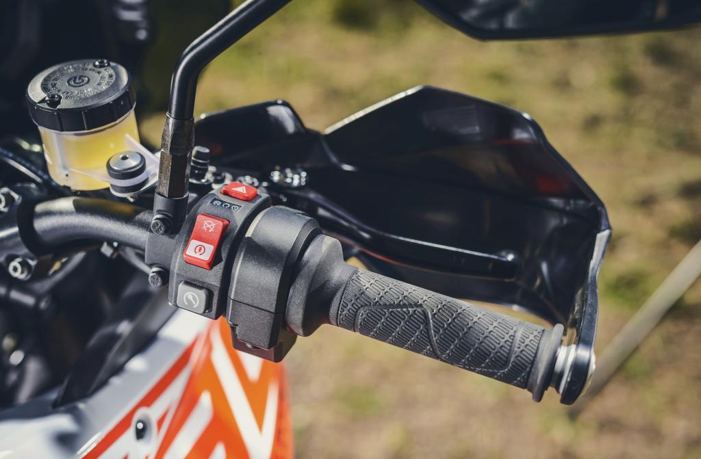KTM 1290 SuperAdventure-1090 Adventure. Perfiels y Detalles (32)