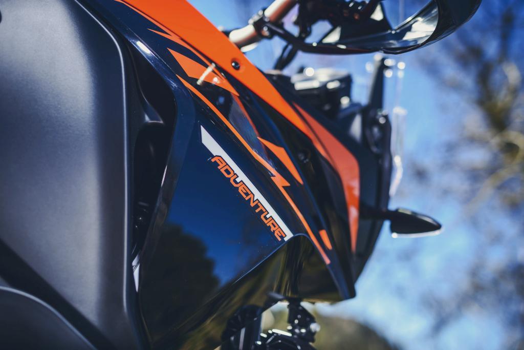 KTM 1290 SuperAdventure-1090 Adventure. Perfiels y Detalles (42)