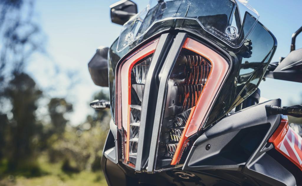 KTM 1290 SuperAdventure-1090 Adventure. Perfiels y Detalles (57)