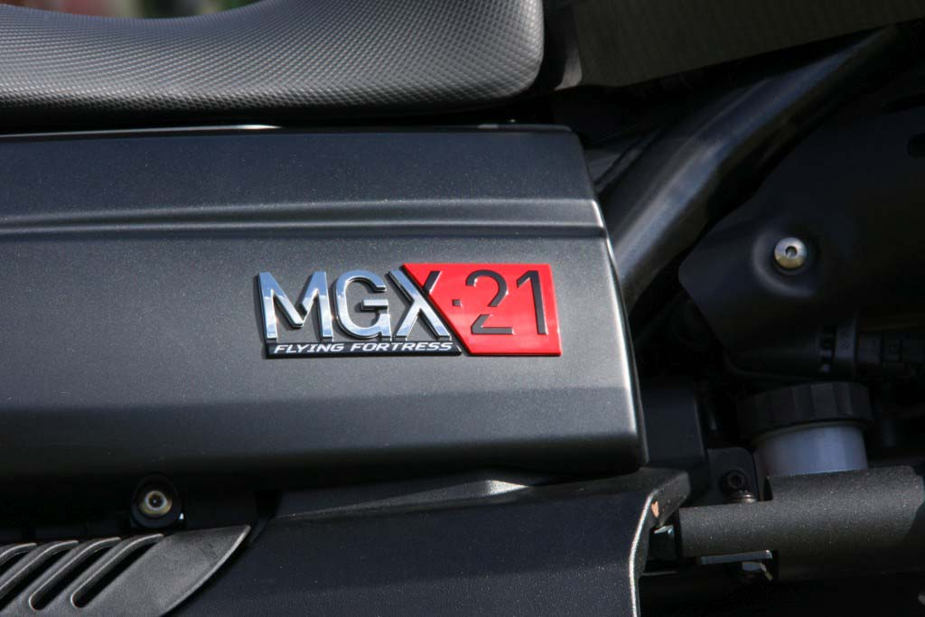 Moto Guzzi MGX21 (12)
