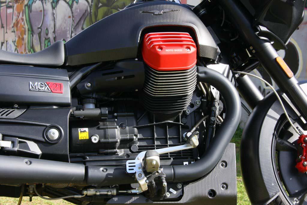 Moto Guzzi MGX21 (13)
