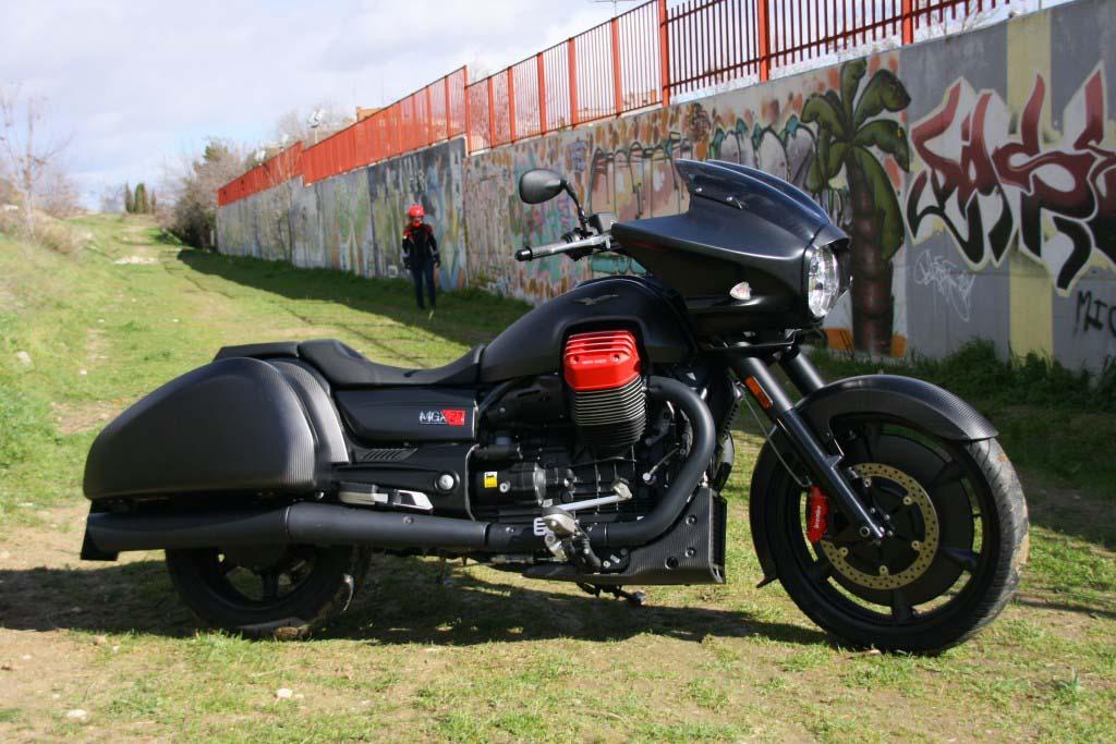 Moto Guzzi MGX21 (27)