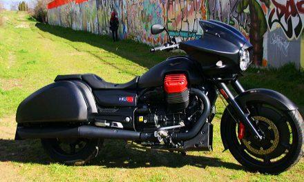 Prueba Moto Guzzi MGX21 fotos