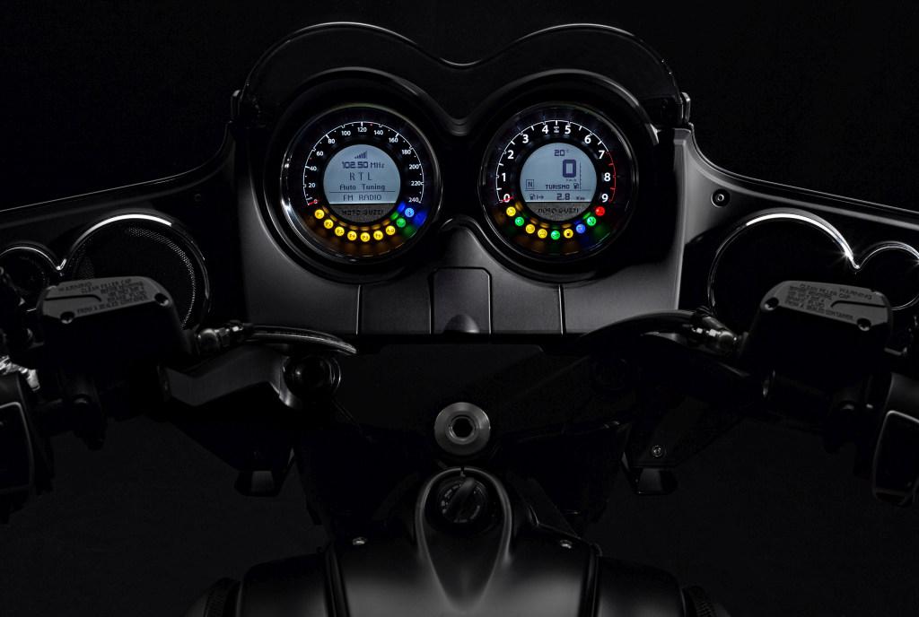Moto Guzzi MGX21 (76)