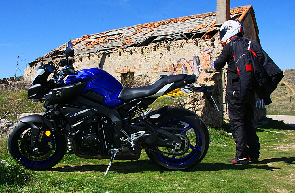 Yamaha MT10 MotorADN (3)