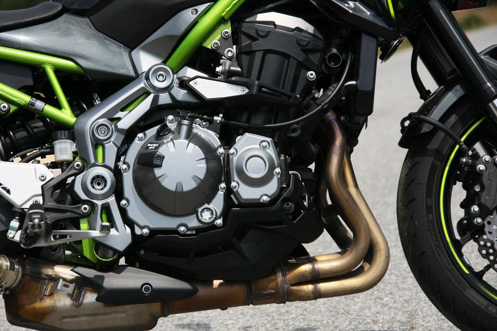 Prueba Kawasaki Z900 MotorADN (7)