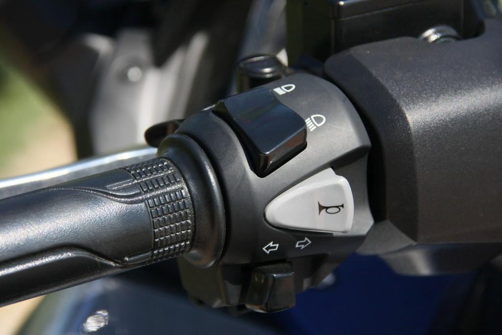 Honda Forza 2017 MotorADN (21)