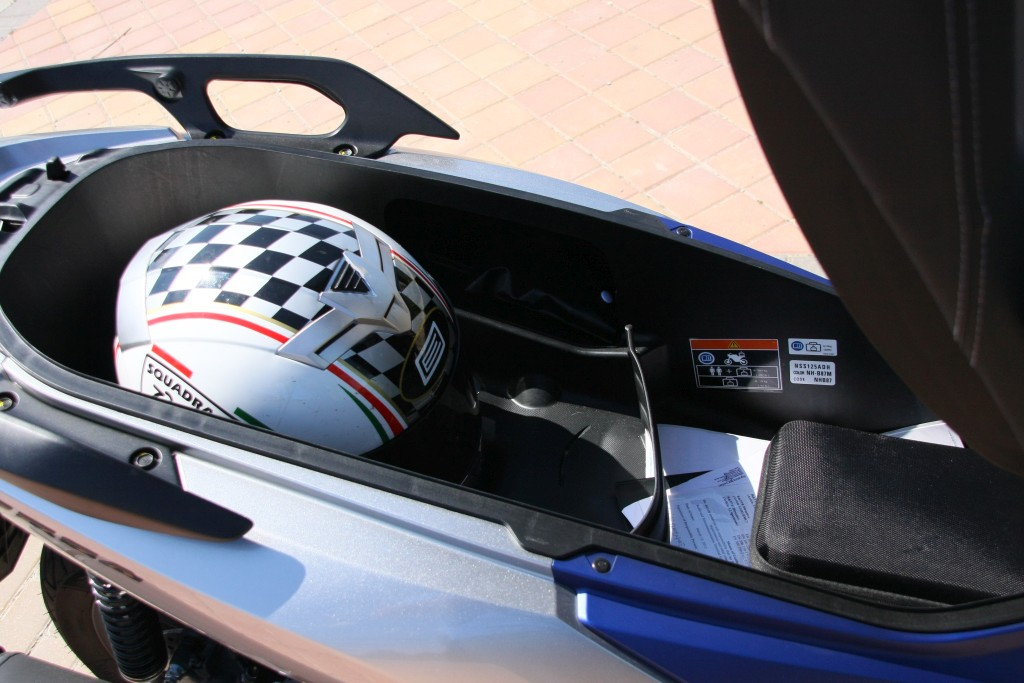 Honda Forza 2017 MotorADN (46)