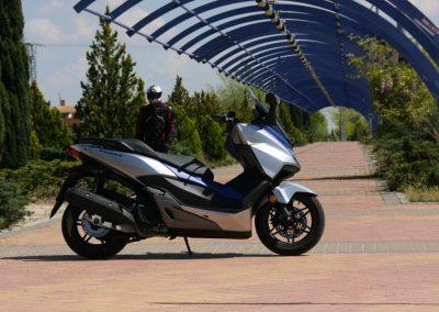 Honda Forza 2017 MotorADN (5)