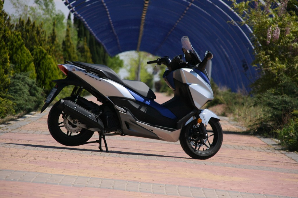 Honda Forza 2017 MotorADN (6)