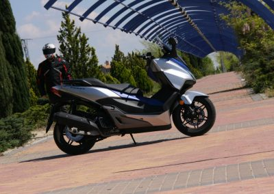 Honda Forza 2017 MotorADN (7)