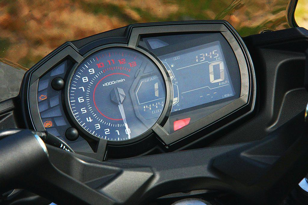 Kawasaki Ninja 650 2017 prueba MotorADN (23)