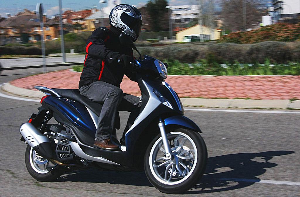Piaggio Medley 125 prueba MotorADN (20)