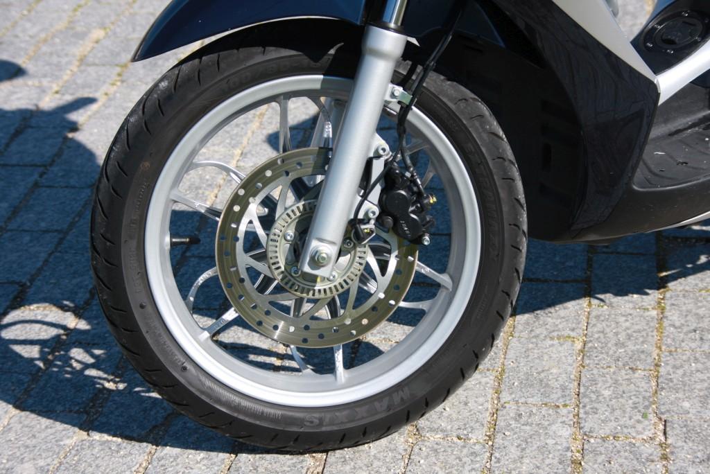 Piaggio Medley 125 prueba MotorADN (28)