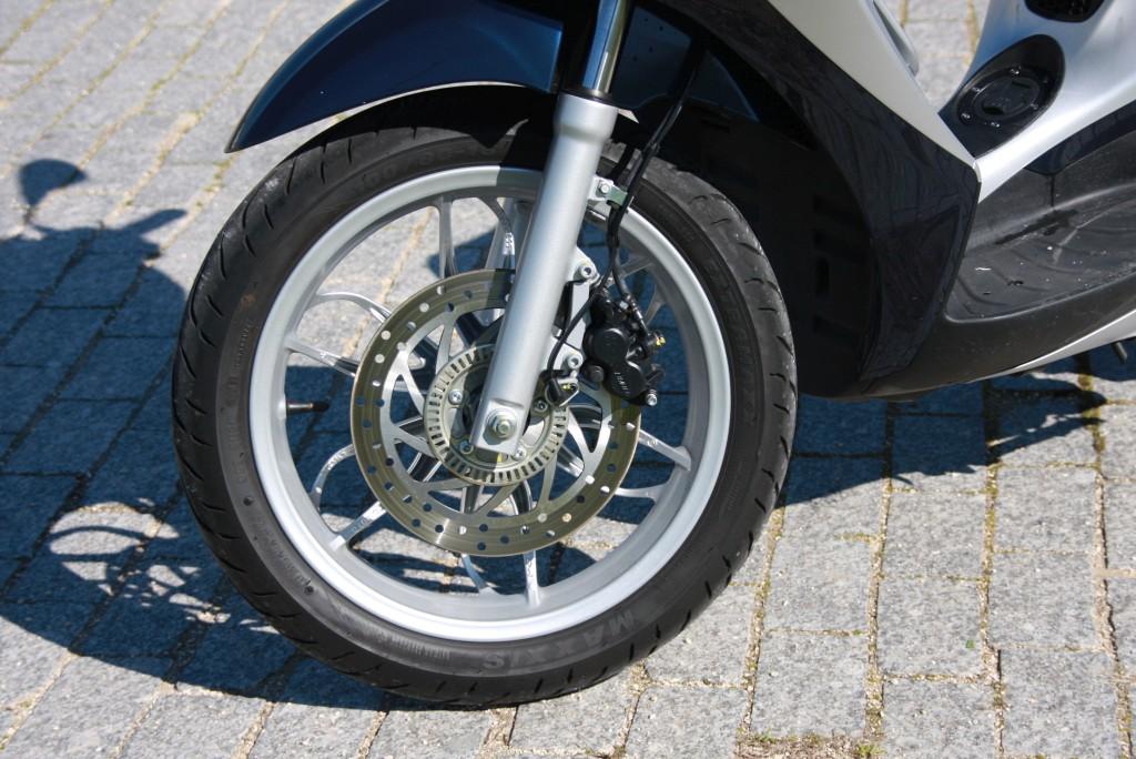 Piaggio Medley 125 prueba MotorADN (29)