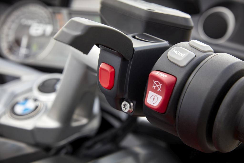BMW MOTO ECALL LLAMADA DE EMERGENCIA MOTORADN (1)