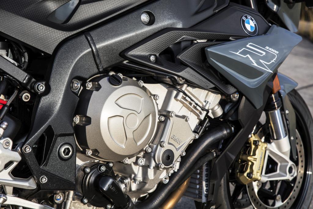 BMW S1000 R 2017 MotorADN (10)