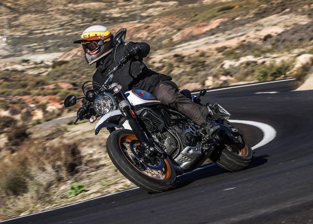 Ducati Desert Sled prueba MotorADN (2)