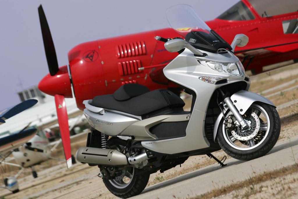 Kymco Xciting 500 2005 Motor ADN (1)