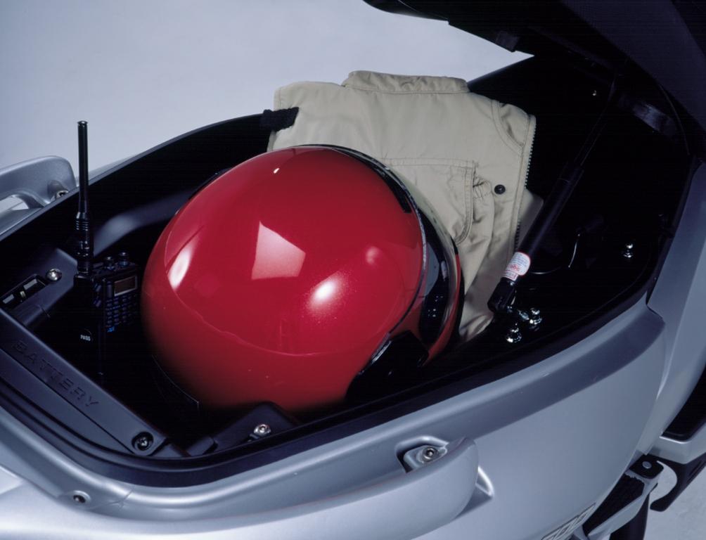 Kymco Xciting 500 2005 Motor ADN (18)
