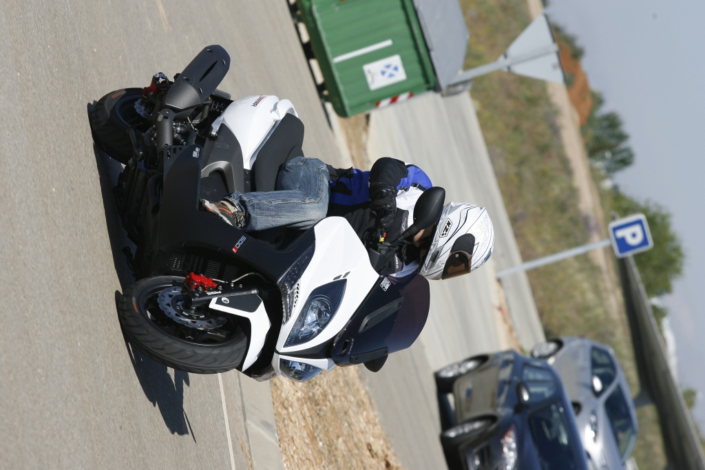 Kymco Xciting 500 ABS 2009 MotorADN (15)