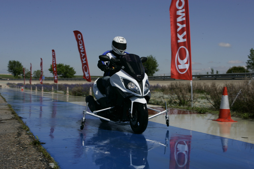 Kymco Xciting 500 ABS 2009 MotorADN (36)