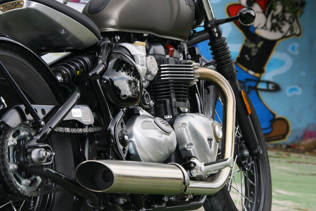 Prueba Triumph Bobber 2017 MotorADN (38)