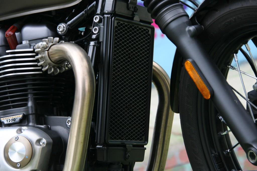 Prueba Triumph Bobber 2017 MotorADN (49)