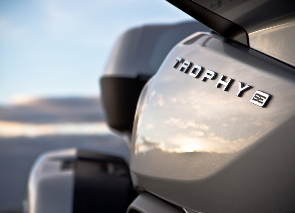 Triumph Trophy 1200 SE MotorADN (12)