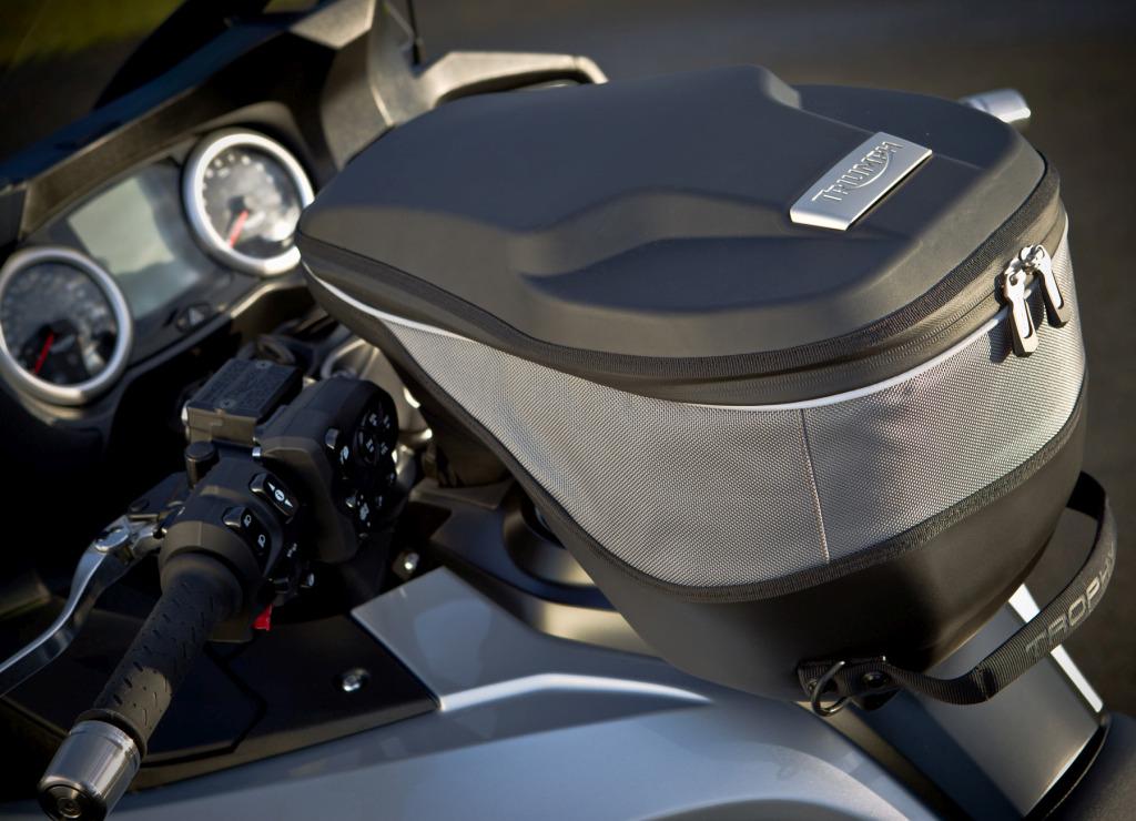 Triumph Trophy 1200 SE MotorADN (13)