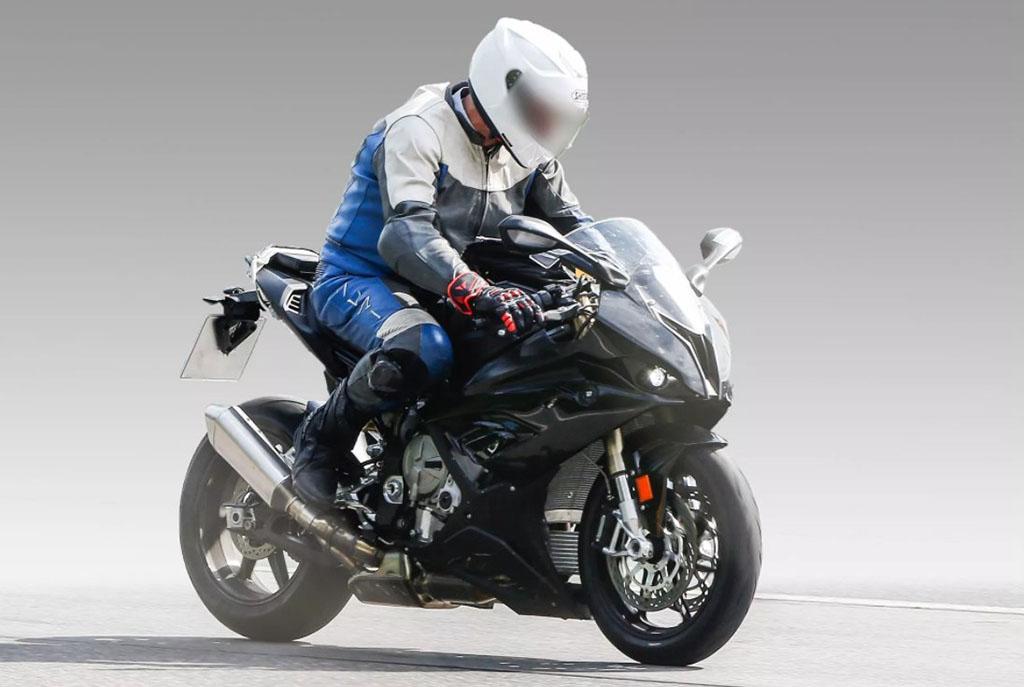 BMW S1000RR 2018 MotorADN (2)