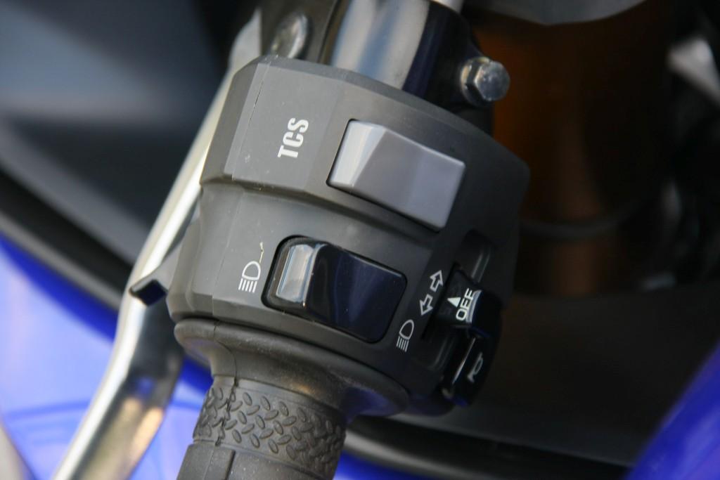 Yamaha YZF R6 2017 prueba MotorADN fotos (12)