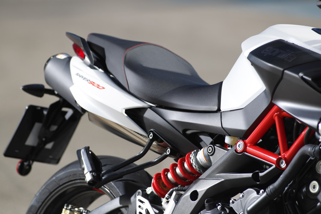Aprilia Shiver 900 2017 MotorADN (5)