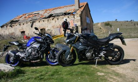 Fotos comparativa BMW S1000R-Yamaha MT10