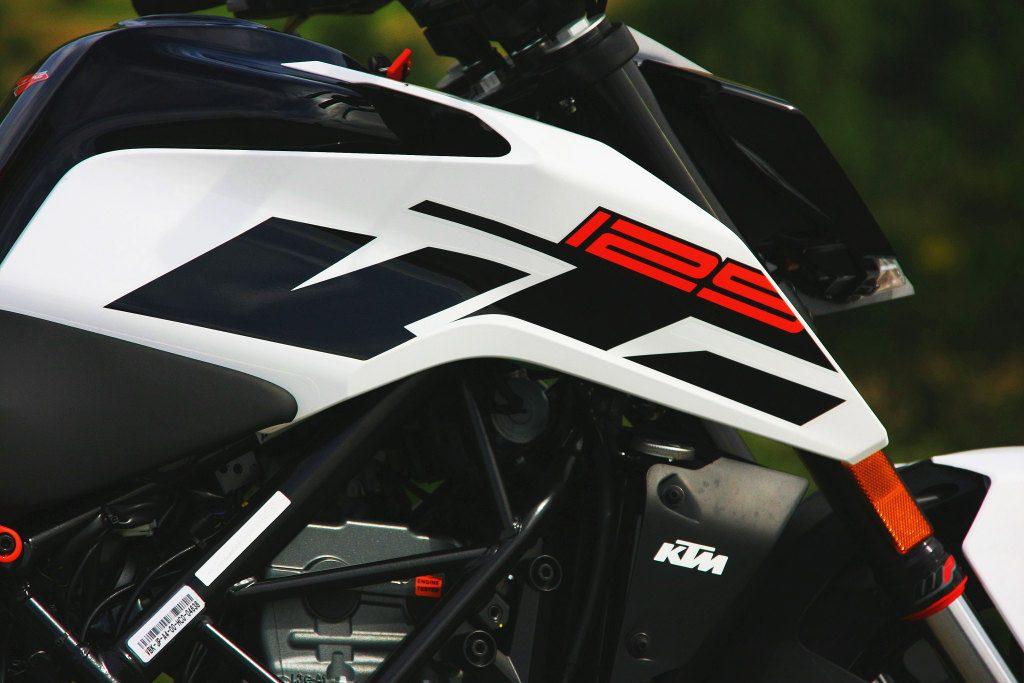 KTM Duke 125 2017 MotorADN (36)