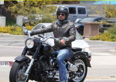 Gerard Butler accidente de moto (4)