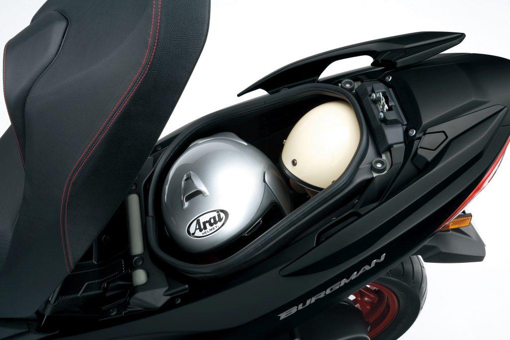 Suzuki Burgman 400 2017 presentación MotorADN (13)