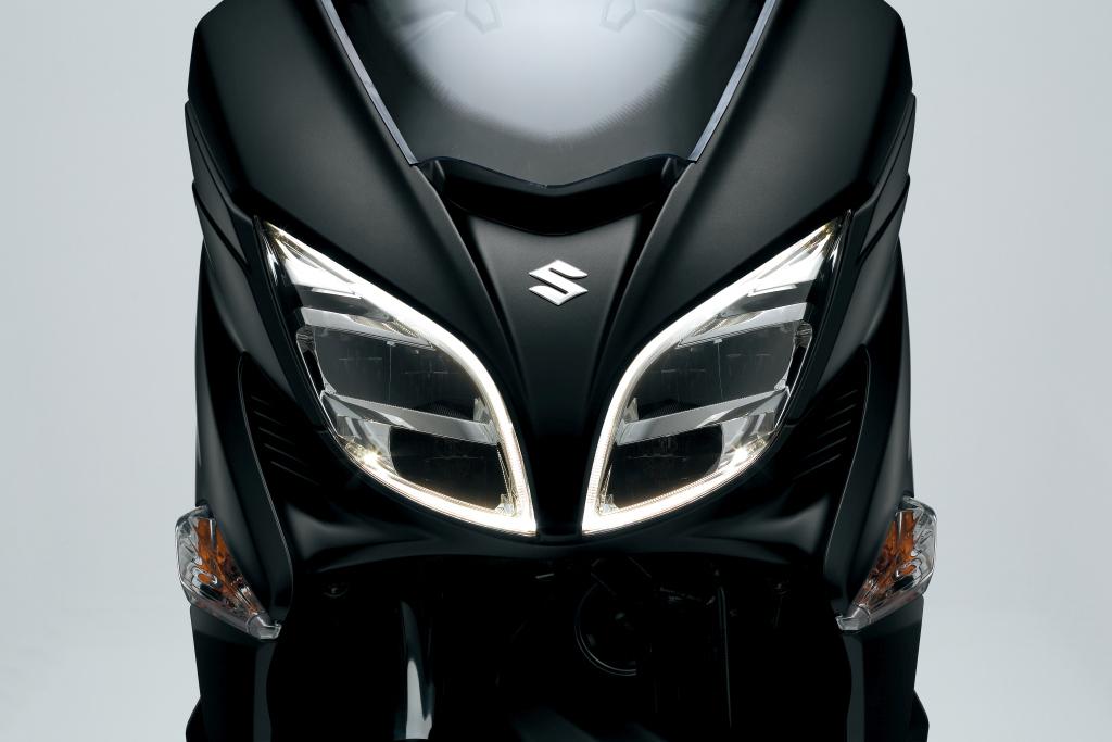 Suzuki Burgman 400 2017 presentación MotorADN (24)